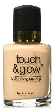 Revlon Touch And Glow Liquid Make Up Ivory Mist 20ml